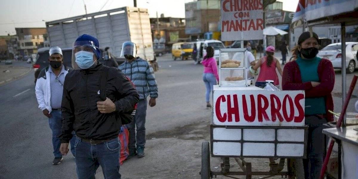 Perú se vuelve a encerrar para frenar la arremetida del coronavirus