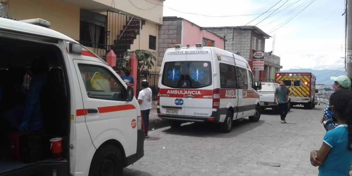 Quito: colapso de una pared en el sector de La Roldós dejó tres heridos