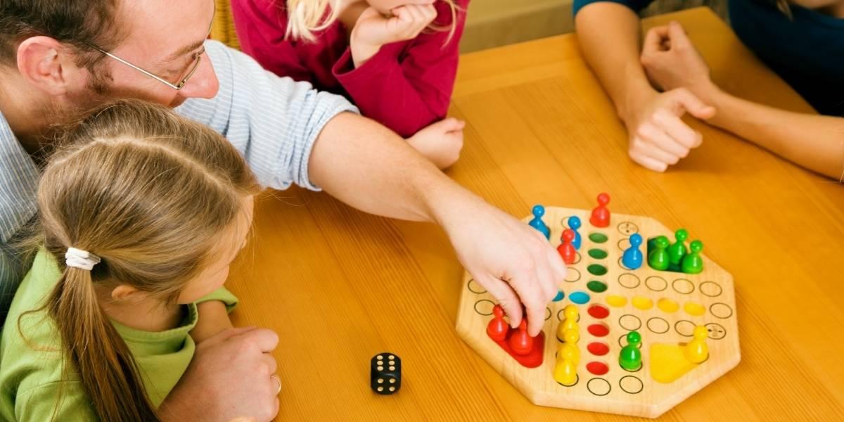 Entretenimento em casa: como as famílias estão se divertindo na quarentena