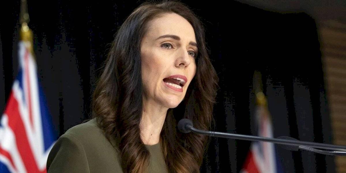 Nueva Zelanda aplaza elecciones por brote de COVID-19 en Auckland