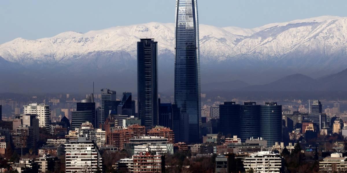 Vuelve un ícono de Santiago: este martes reabre el Costanera Center