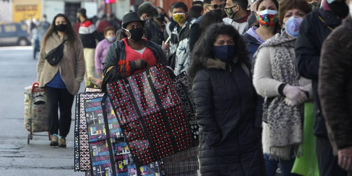 """Diputados por Santiago se enfrentan por aglomeración en centro comercial """"Asia Pacífico"""""""