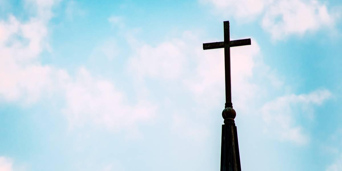 Pastor dice que violará la ley si ordenan cerrar las iglesias en nueva orden ejecutiva