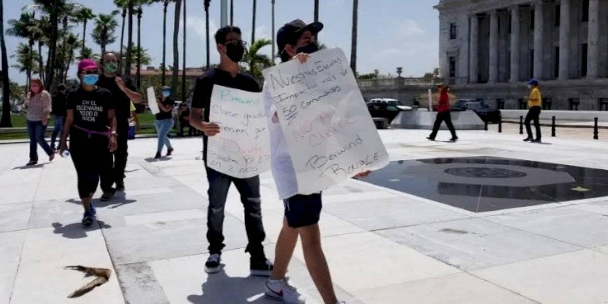 Comunidad Berwind levanta sus reclamos contra Educación