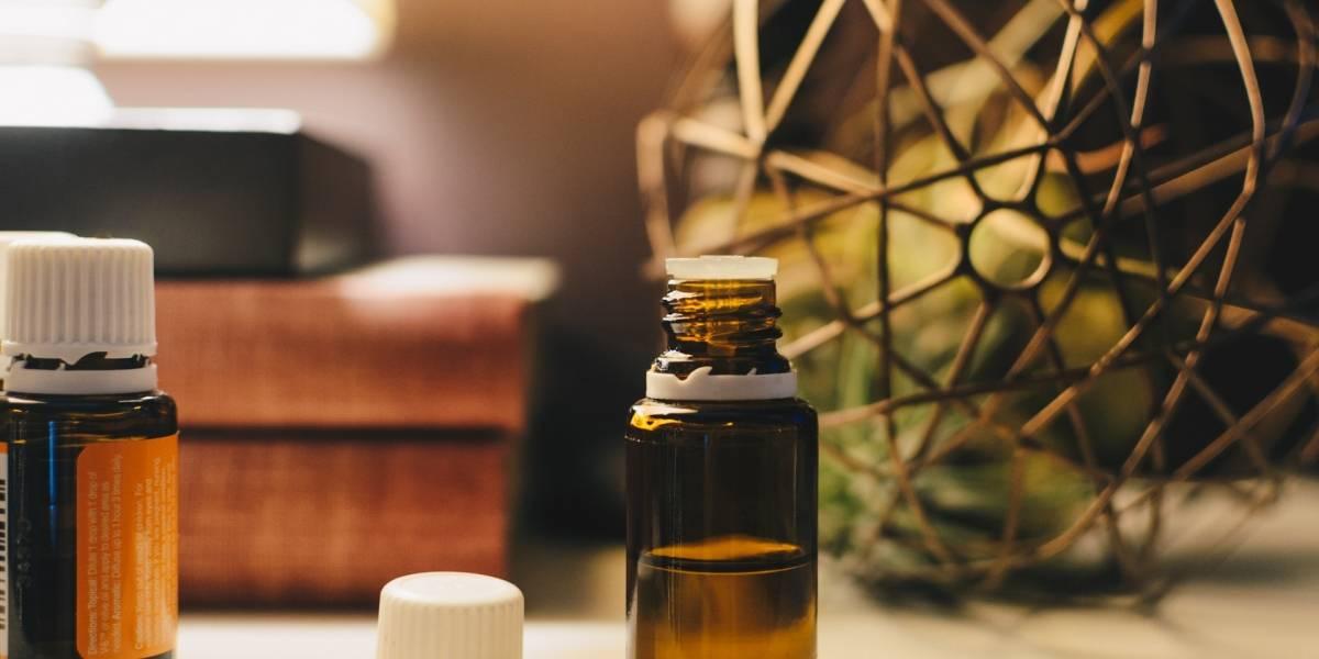 Cabelo branco: 5 óleos naturais eficazes no combate aos fios grisalhos