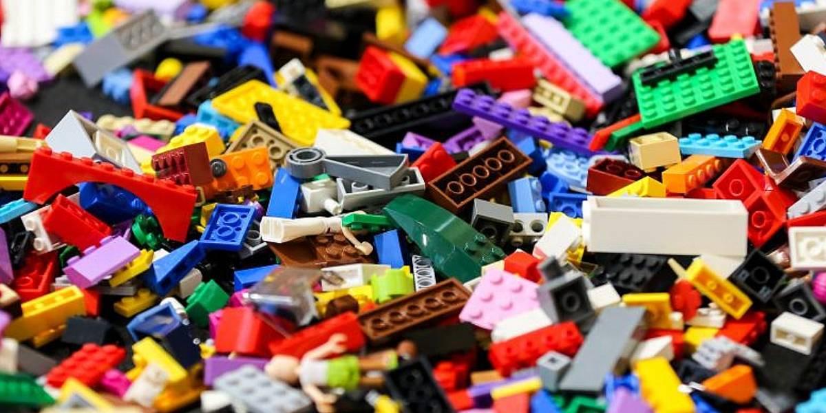 ¡Sorprendente! una pieza de LEGO sale de la nariz de un niño después de dos años