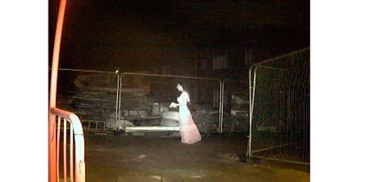 'Noiva fantasma' aparece em câmera de segurança de construção