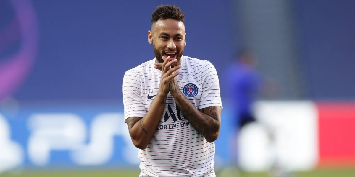 Nike encerra patrocínio de Neymar após 15 anos
