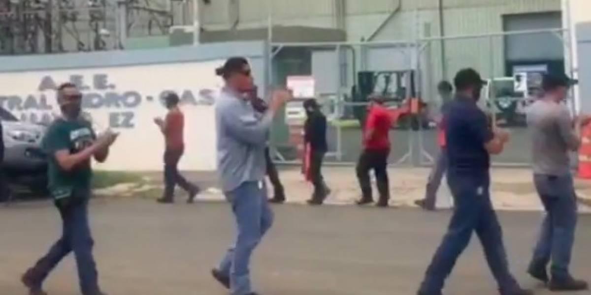 """UTIER protesta en Mayagüez por contratación de ARG """"a un costo de $1.9 millones por 6 meses"""""""
