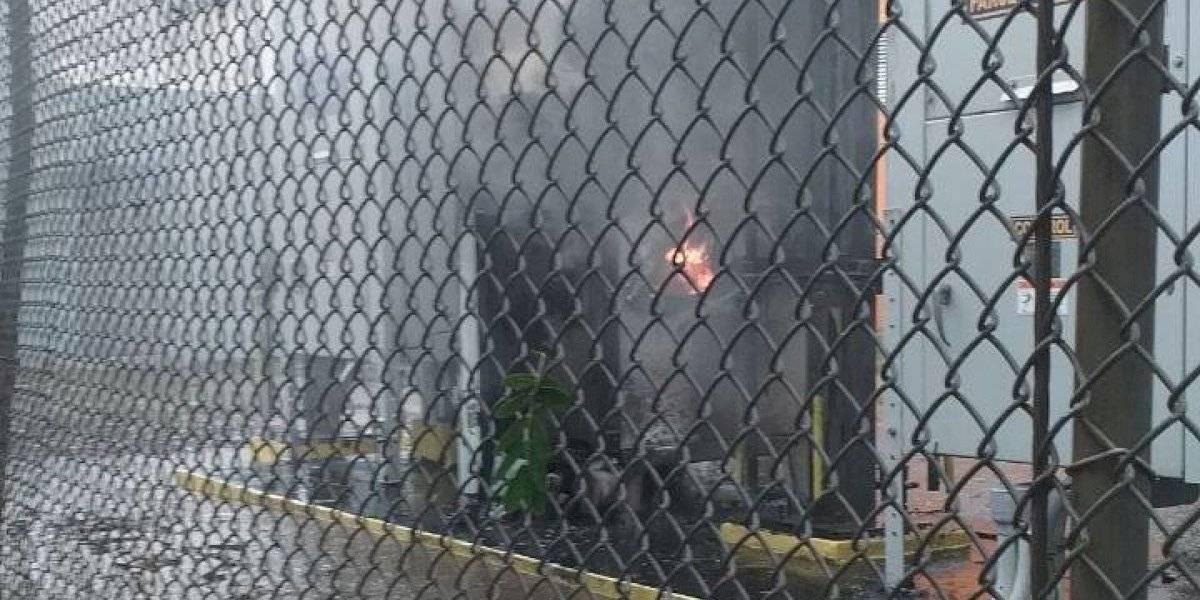 Fuego en subestación eléctrica en Coamo deja al municipio sin electricidad