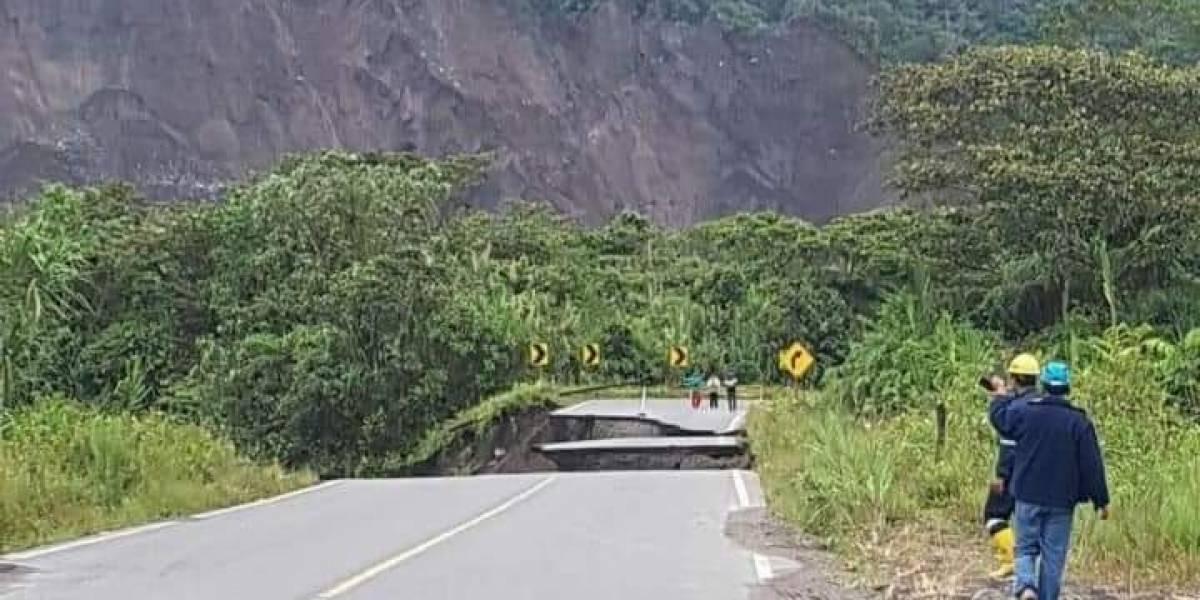 Erosión regresiva del río Coca amenaza carreteras y puentes