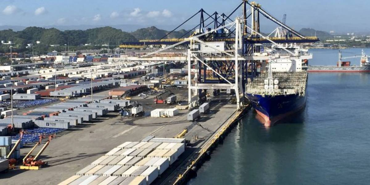 Denuncian paralización en el desembarco de carga este fin de semana en muelles de San Juan