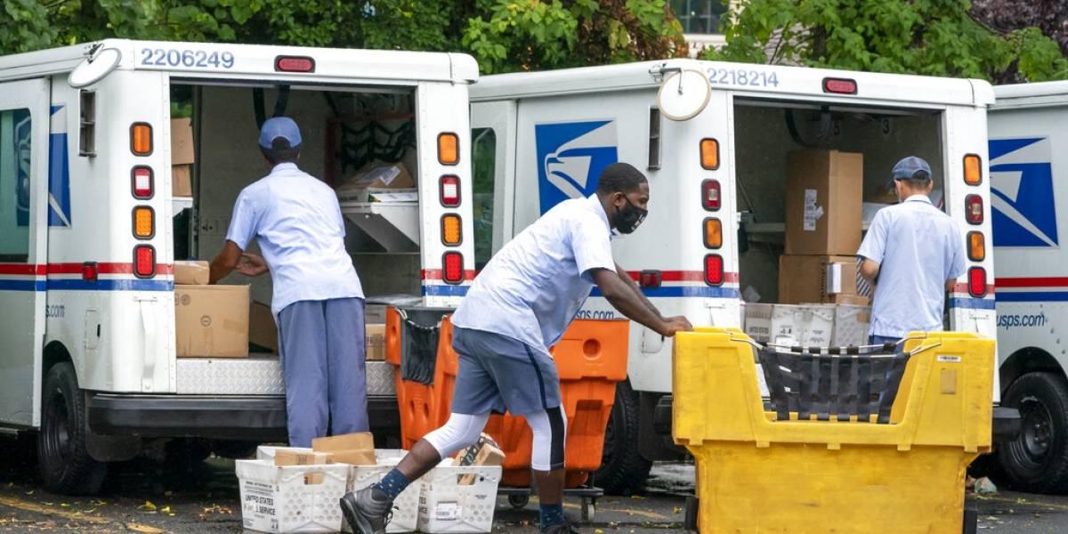 Empleados del correo en Cupey terminan en hospital tras contacto con paquetes