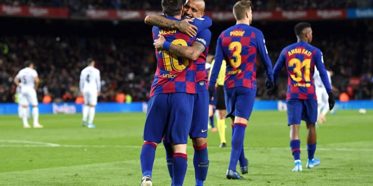 Los mismos goles que todos los demás volantes del Barcelona juntos: Los grandes números de Vidal que no le importaron a Koeman