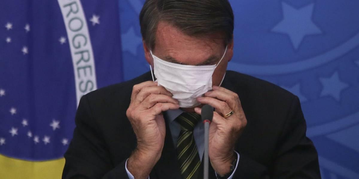 """Bolsonaro amenaza a periodista: """"Las ganas que tengo son las de llenarte la boca con puñetazos"""""""