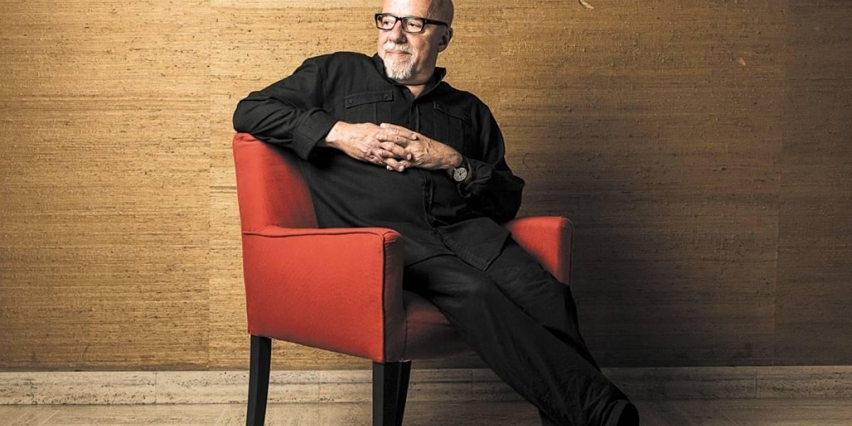 Paulo Coelho x Jose Luis Borges: um clássico Brasil e Argentina onde ganham os leitores