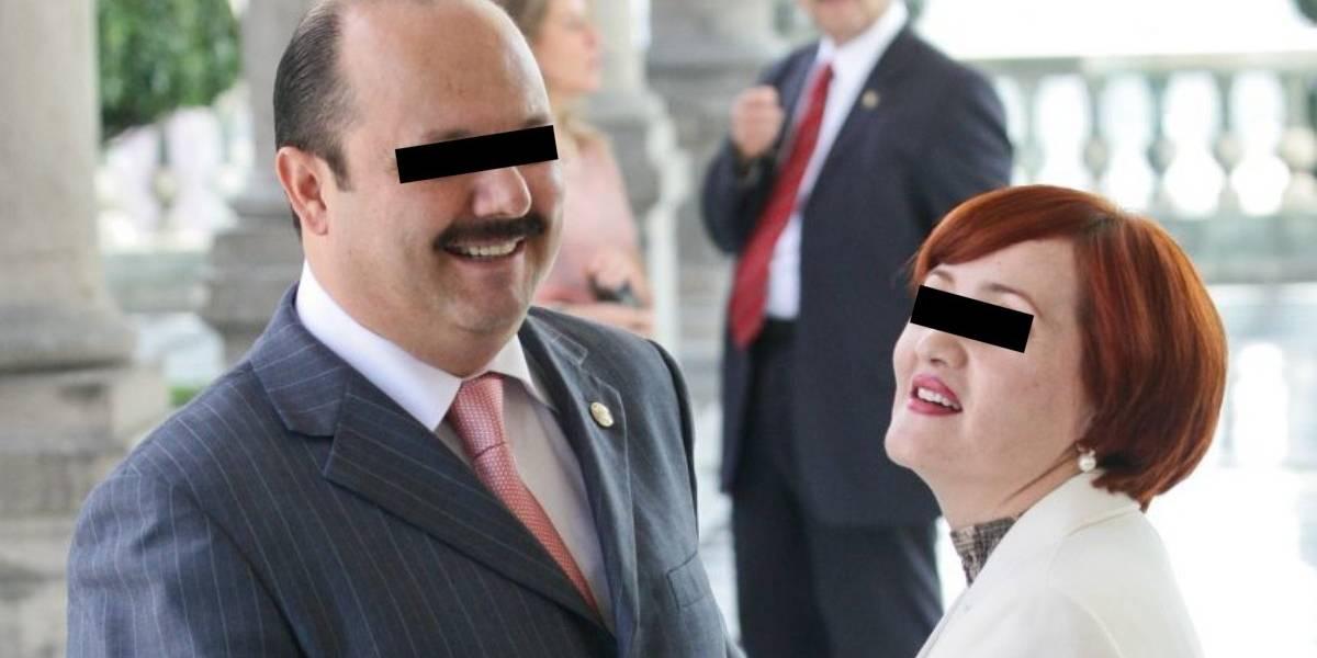 Juez libra orden de captura contra esposa de César Duarte