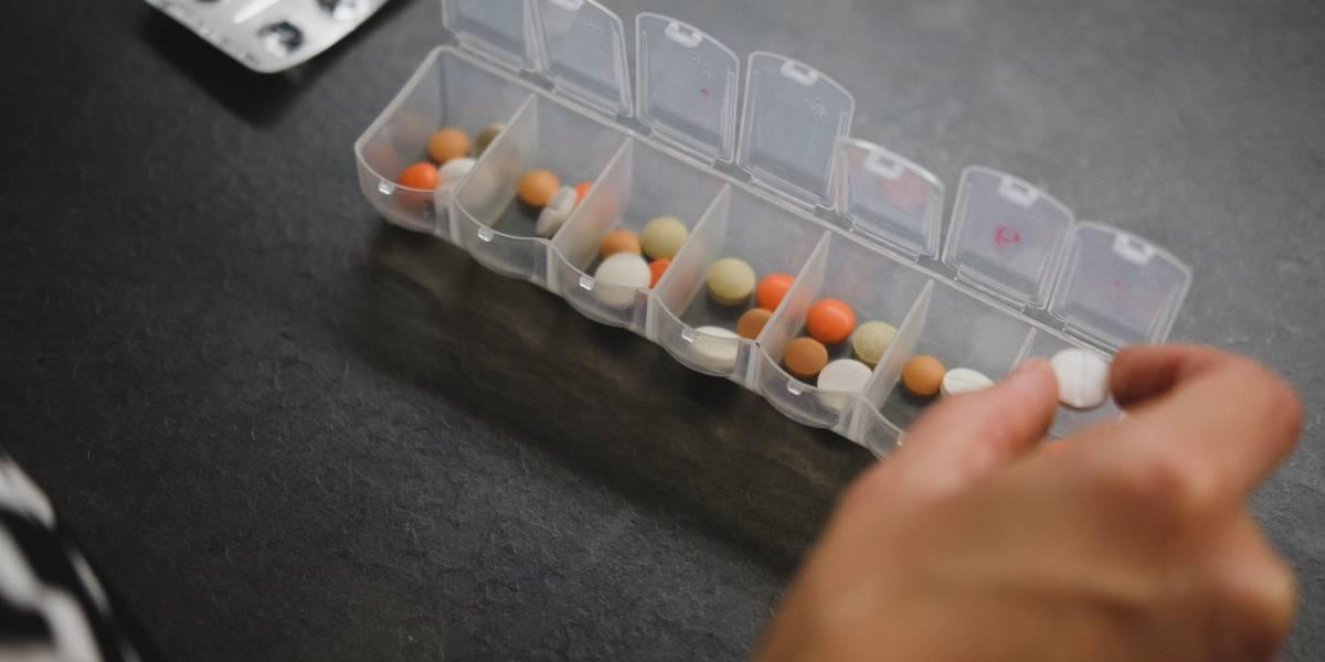 AstraZeneca testa coquetel para prevenir e tratar covid-19