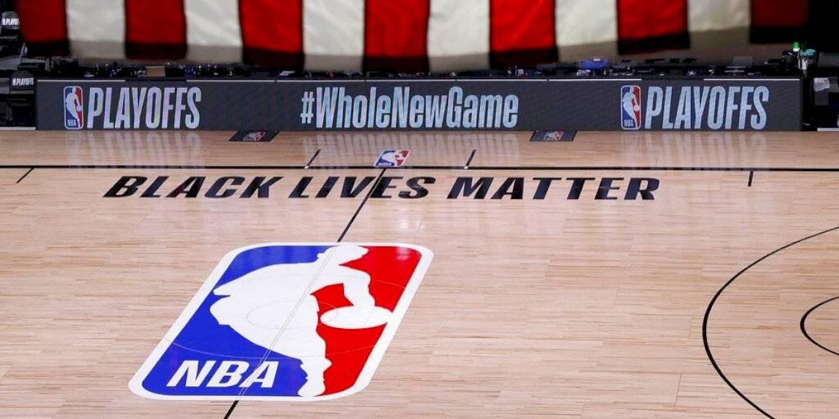 Bucks de Milwaukee boicotean juego de la NBA por muerte de Jacob Blake