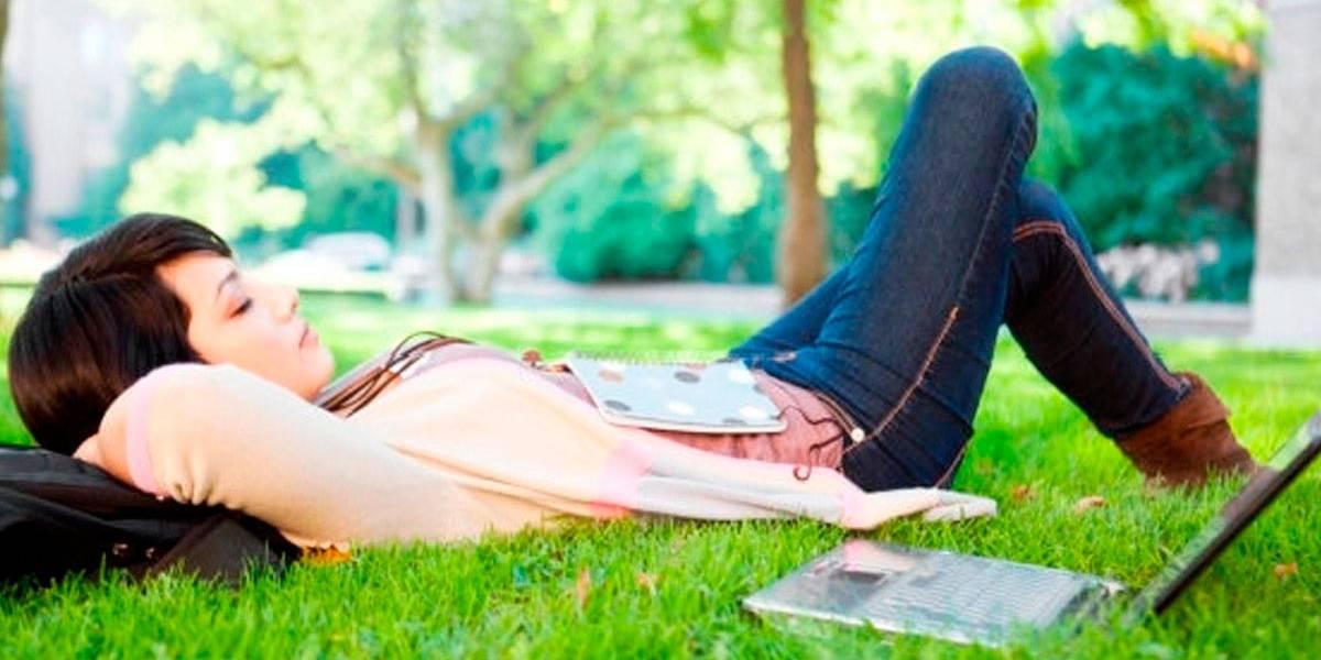 Estudos indicam que cochilos de mais de 1 h podem fazer mal à saúde