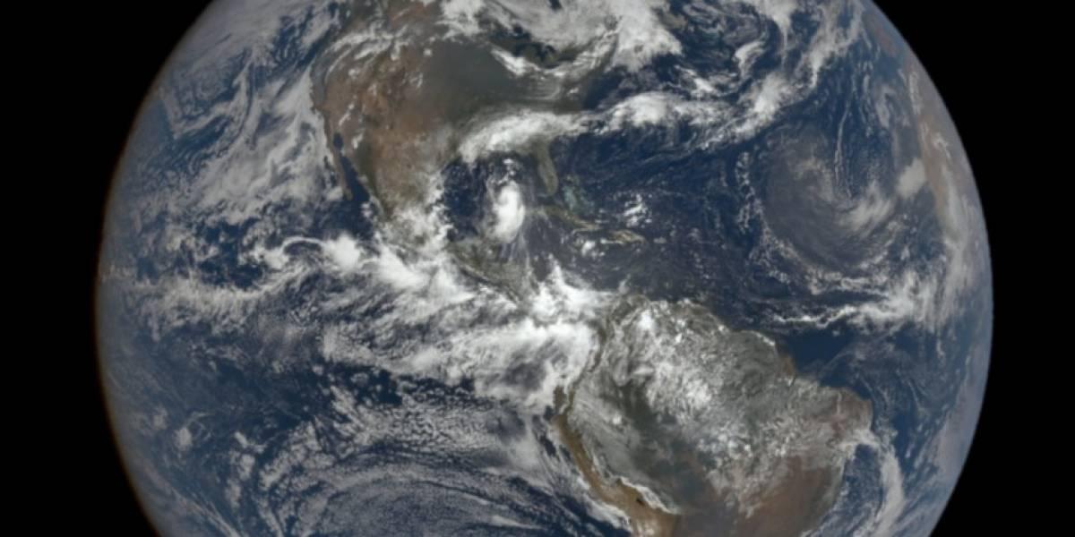 Impresionante imagen de satélite del gigantesco y devastador huracán Laura