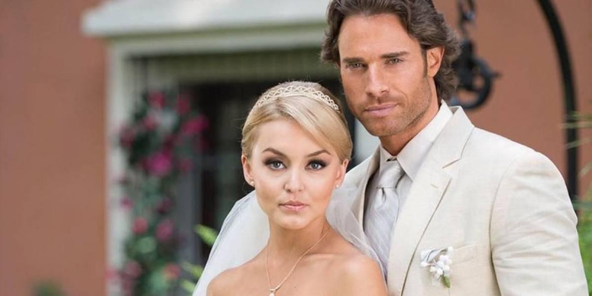 Los vestidos de novia de Angelique Boyer en sus bodas de telenovela con Sebastián Rulli