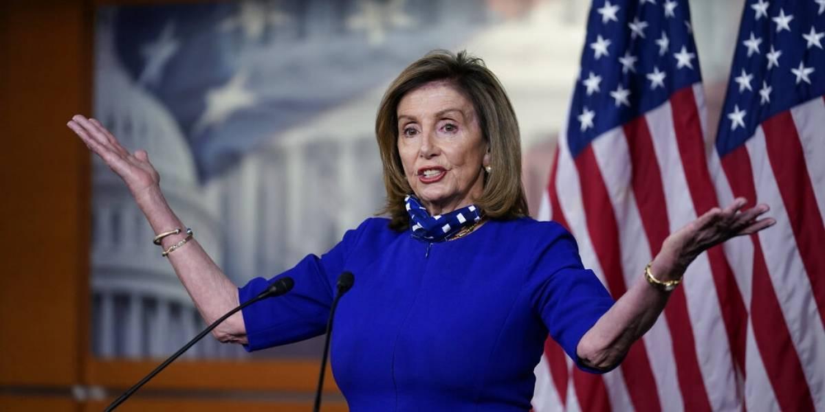 Nancy Pelosi se une al reclamo para remover al presidente de su cargo