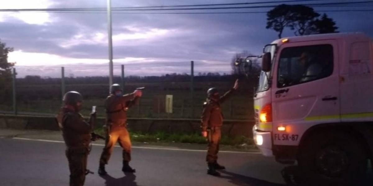 Paro de camioneros: Carabinero apuntó con arma de fuego a chofer en un confuso incidente