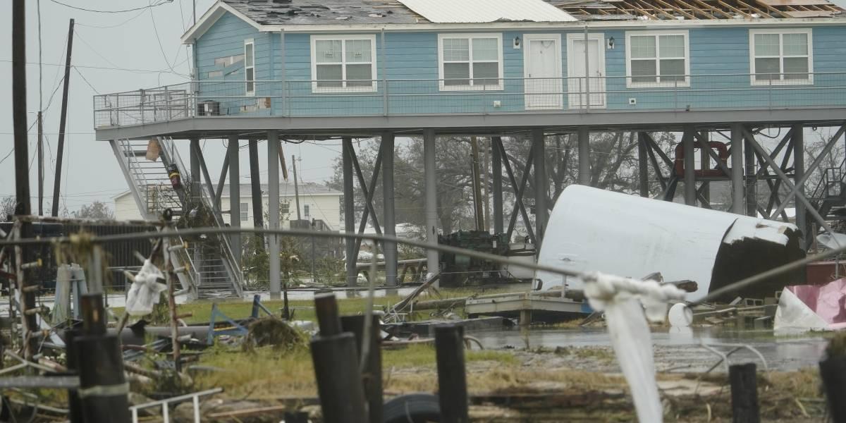 Huracán Laura causa 11 muertes y apagones en Luisiana