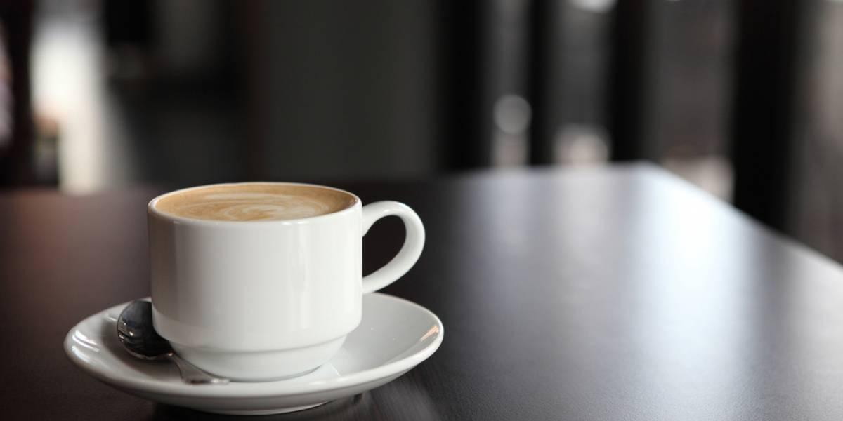 Estudio: investigadores encontraron la combinación ideal del café para mantener óptimos a quienes trabajan de noche
