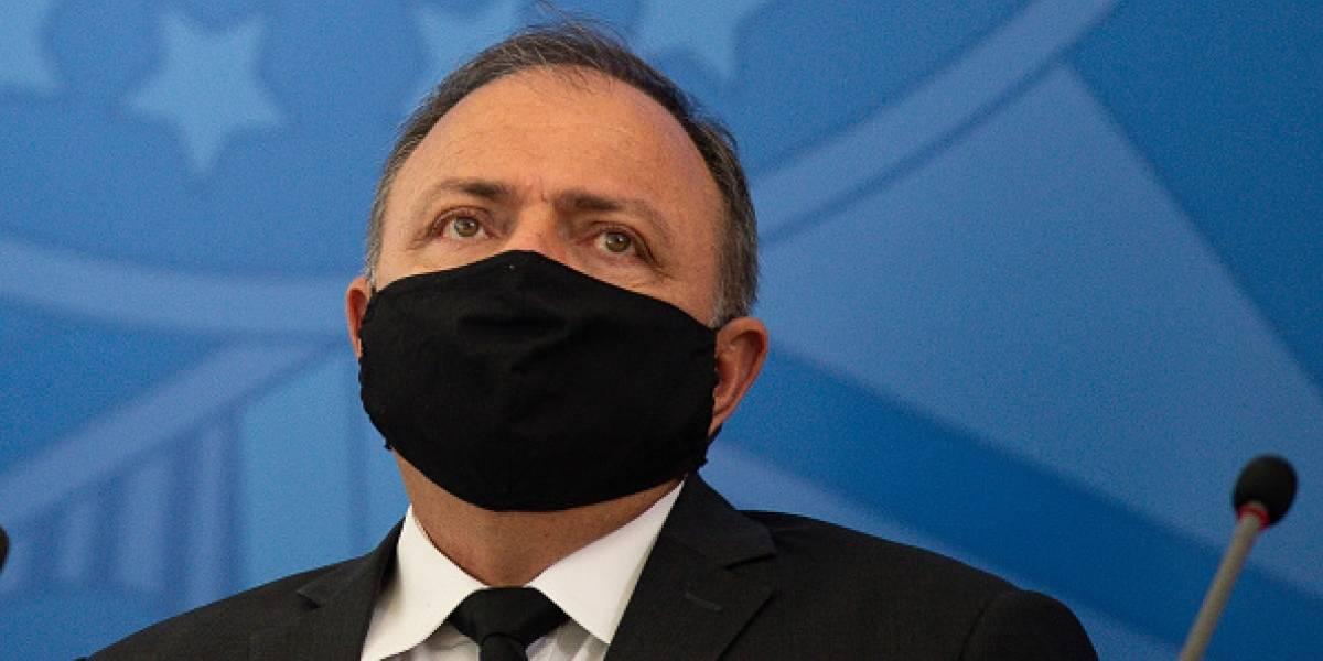 """Ministro de Salud de Brasil: """"La vacuna no acabará con el coronavirus"""""""
