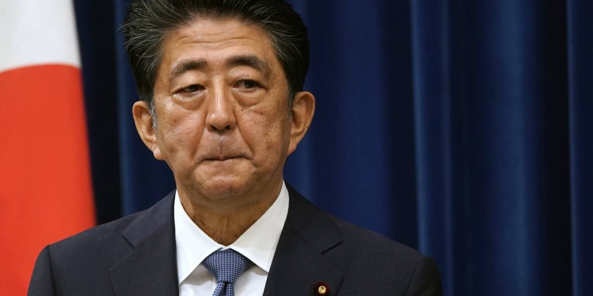 Primeiro-ministro do Japão, Shinzo Abe renuncia ao cargo por problemas de saúde