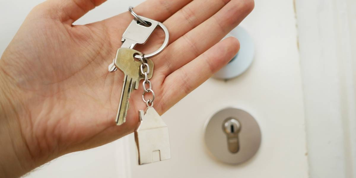 Aluguel residencial pode ter reajuste de 13% em setembro; veja dicas para negociar