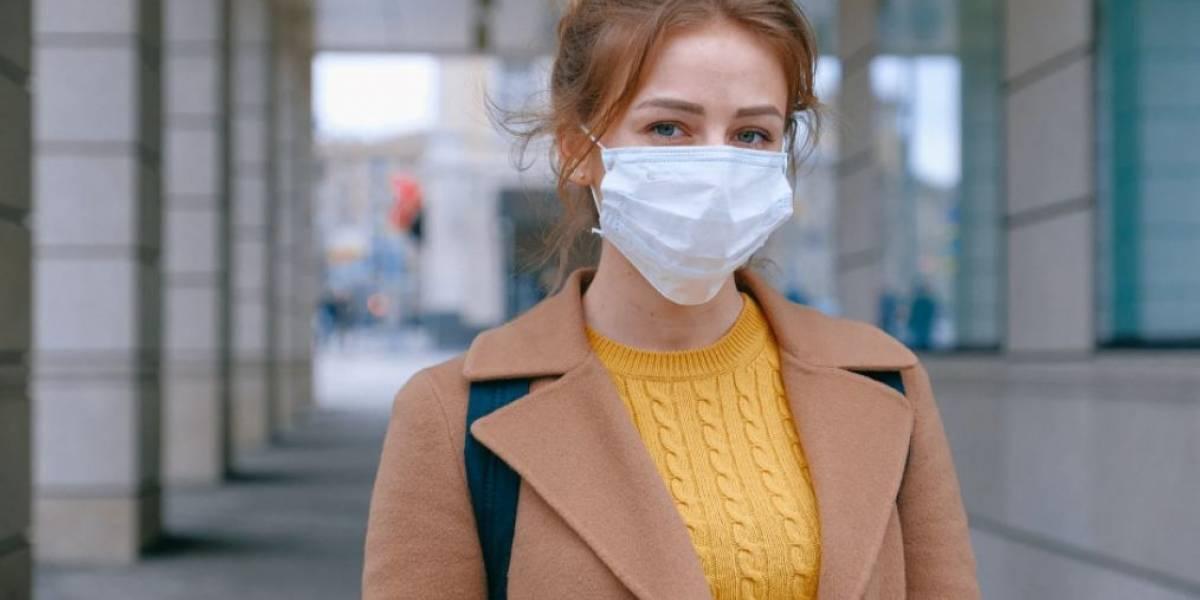 'Minha máscara precisa combinar com a minha roupa?' - Estilista canadense responde