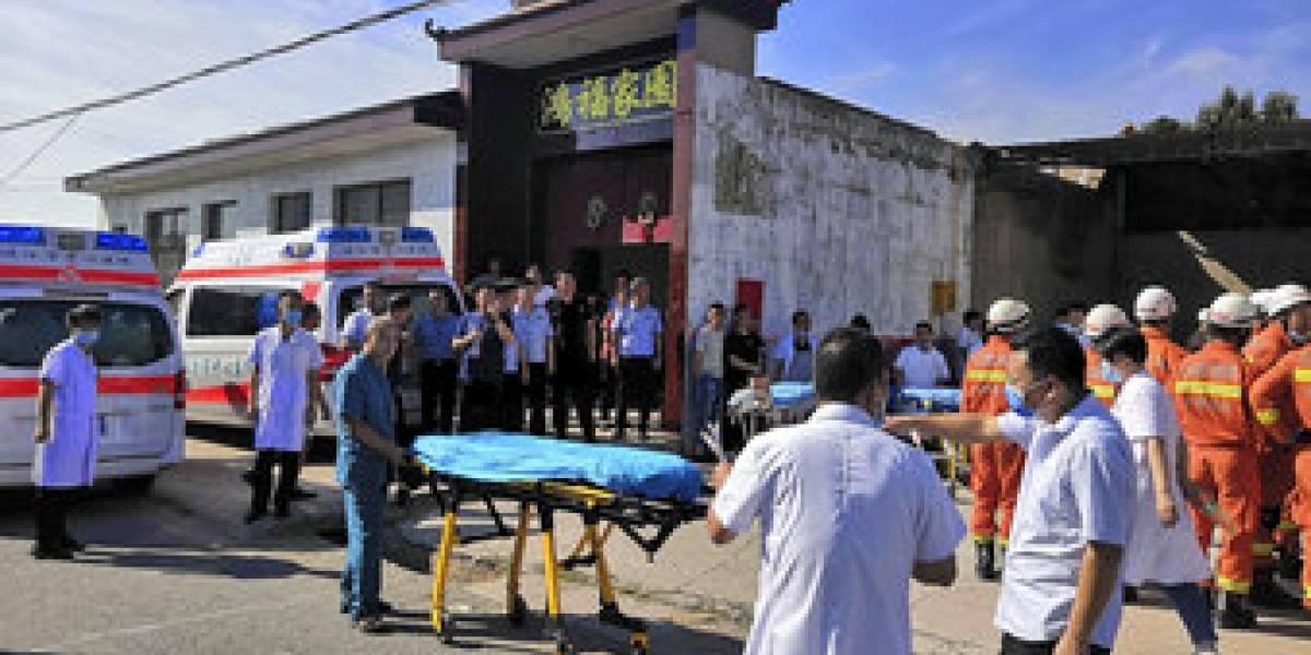 Trágica comida china: 17 muertos luego de derrumbarse un restaurant