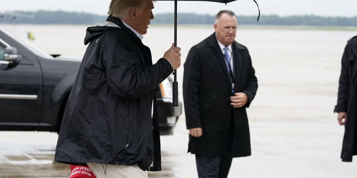 Trump visitará a afectados por huracán Laura