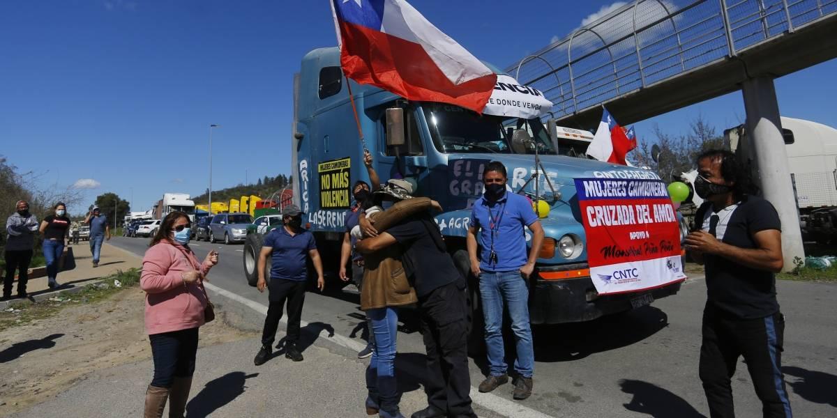 """Piñera y camioneros: """"La solución no es un paro ni cortar las carreteras"""""""