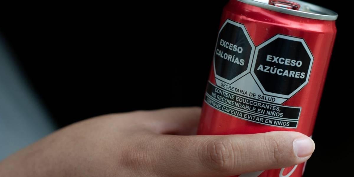 A un mes de que sea oficial nuevo etiquetado en alimentos, industria se niega a vaciar anaqueles