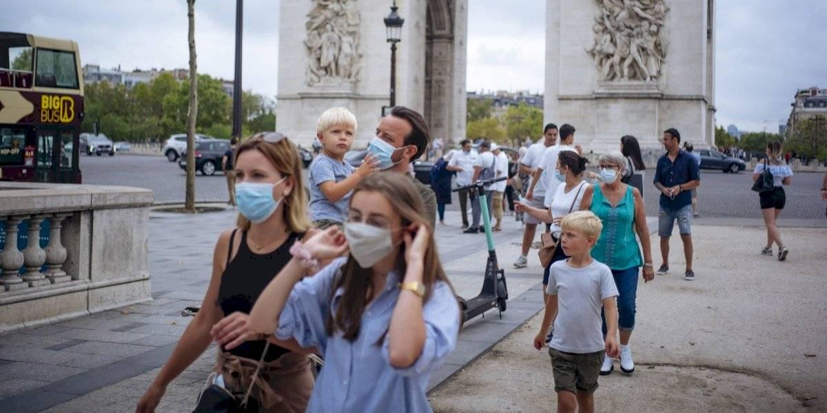 Decretan alerta máxima en París ante repunte del coronavirus