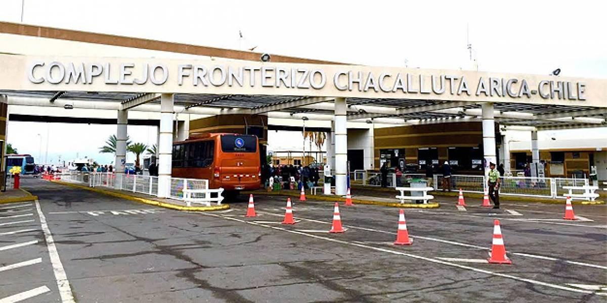 """""""Coyotes"""" en la frontera chilena: detienen por tráfico a venezolano que cobraba US$150 por cada migrante ingresado al país"""