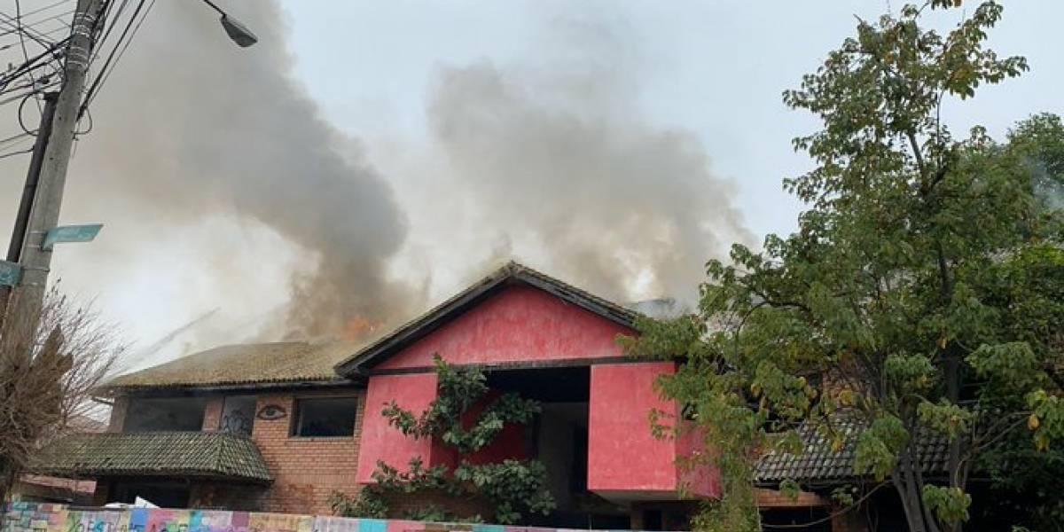 "Se reportó incendio en una ""casa embrujada"" de Urdesa, en Guayaquil"