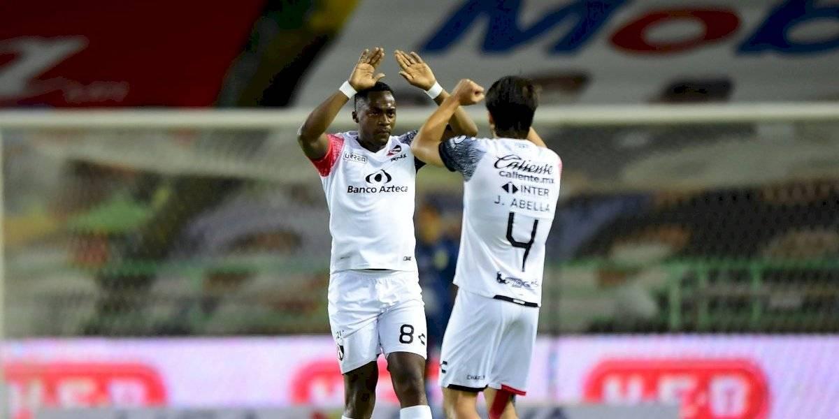 VIDEO: Renato Ibarra marca primer gol en Atlas con terrible falla de Cota