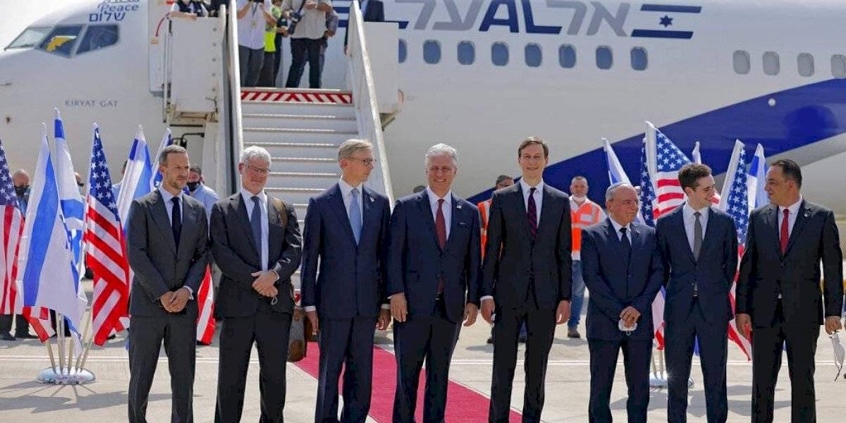 Israel y Emiratos Árabes Unidos simbolizan histórico acercamiento con el primer vuelo directo