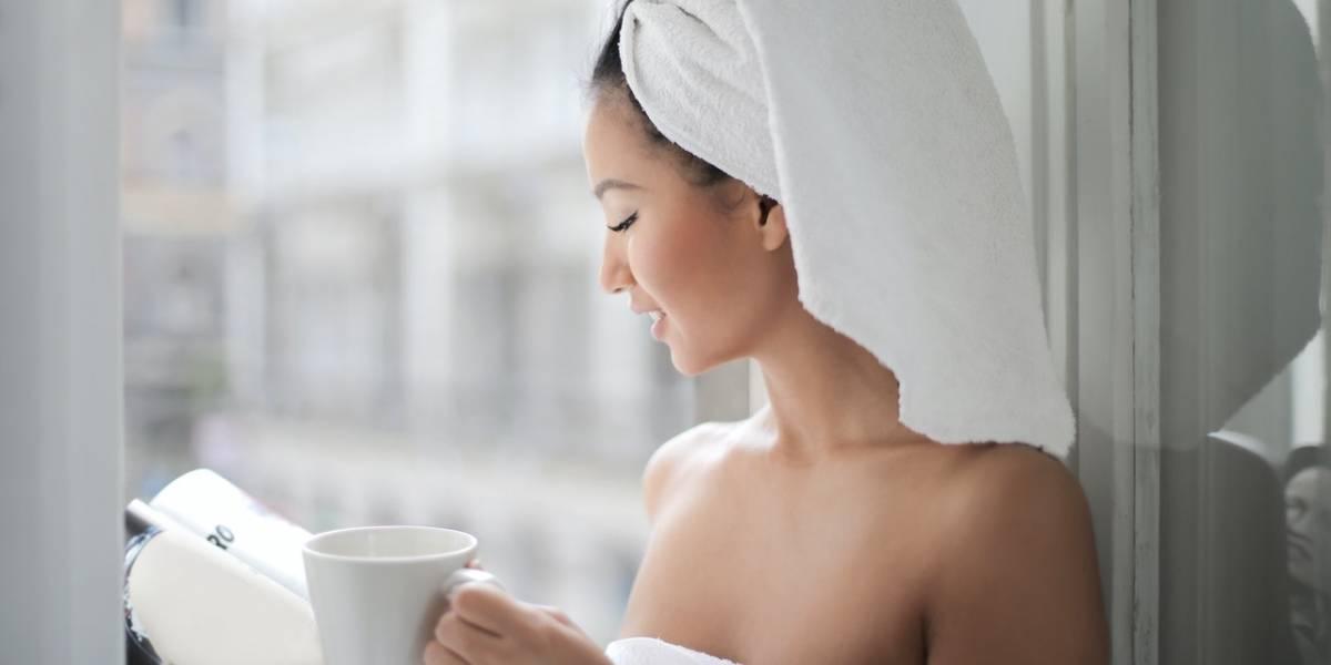 Esfoliante caseiro à base de café para limpar as impurezas da pele