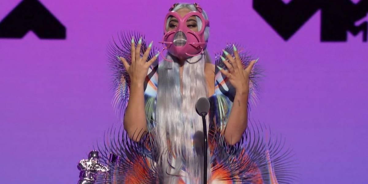 Las mascarillas extravagantes de Lady Gaga arrasaron en los MTV VMA
