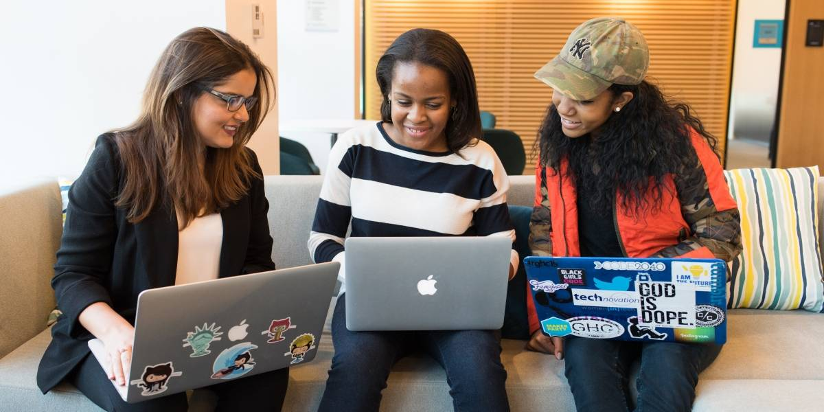 SP oferta 20 mil vagas de cursos gratuitos de TI para mulheres