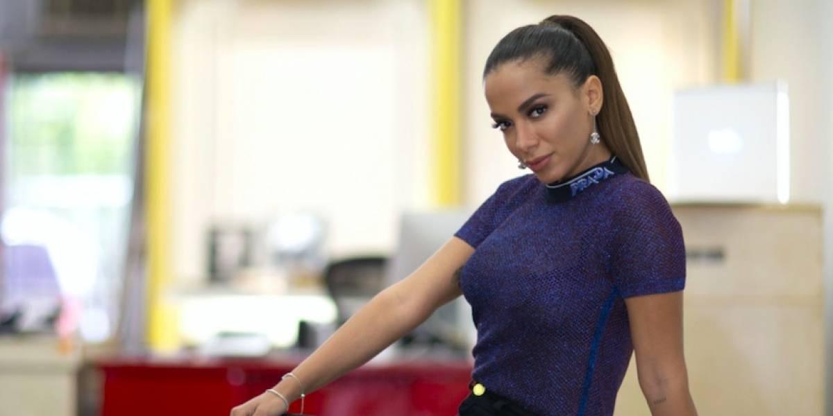 """""""La música nos está ayudando a mantener nuestra salud mental"""": Anitta"""