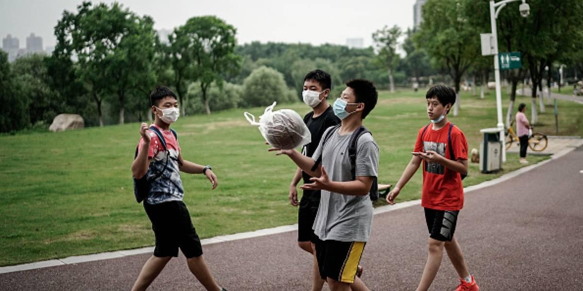 1,4 milhão de alunos voltam às aulas nesta terça em Wuhan, China