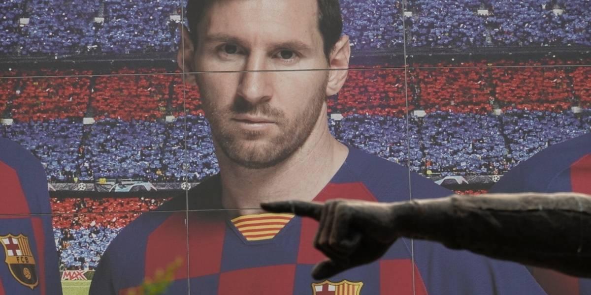 FC Barcelona presentó su nueva camiseta con Messi en la foto y los memes no tardaron en llegar