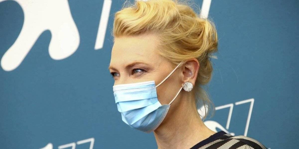 Cate Blanchett desconcertada de que otros país no hayan aprendido del dolor de Italia en la pandemia